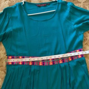 Long kurta with slit and embroidery